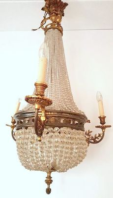 An Empire style gilded bronze with cut Crystal bag chandelier - France - circa 1880/1900