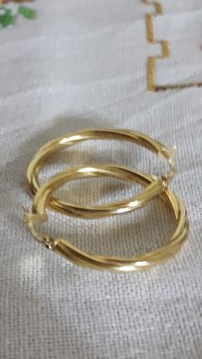 Women's 18 kt (750/1000) gold hoop earrings