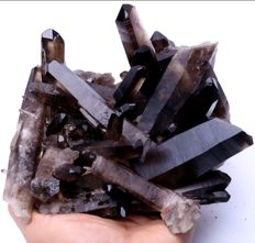Black quartz crystal cluster - 190 x 185 x 130 mm - 2460 gm