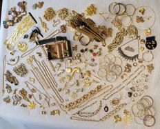 Collection of approx. 200 + gold-plated and double jewellery