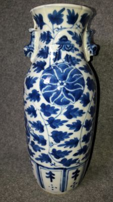 Porcelain vase with Foo dogs - China - around 1900
