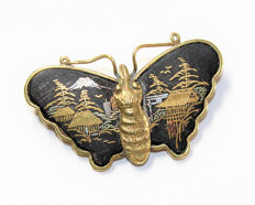 Amita Shakudo pictoral Gold & Silver black Mount Fuji Japanese landscape detailed Butterfly brooch, ca. 1930's