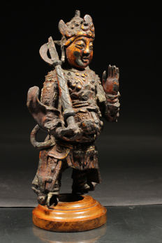 "Large gold-plated bronze figure of a temple guard ""Wei to"" - China - 14th/15th century (early Ming dynasty)"