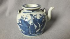 Blue and white porcelain teapot with lid - China - c. 1920