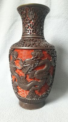 Cinnabar drakenvaas - China - rond 1960/1970