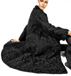 Viennese elegant Persian broadtail lambskin fur coat curly lamb in black, real fur