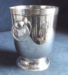 Nice silver plated ice bucket with ring handles, ca. 1950