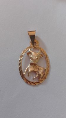 Pendant in 18 kt yellow gold, 1.3g, size 2.5 cm