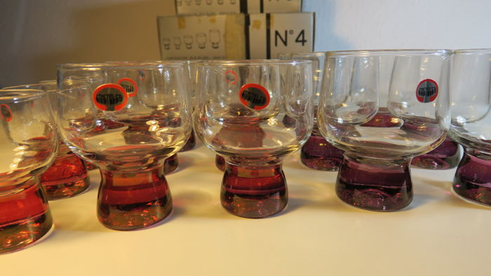 Austral crystal glasses manufactured in Spain