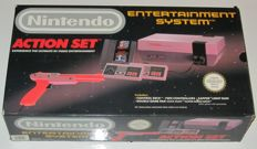 NES Action Set Fully Boxed including Mario & Duckhunt