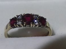 Very beautiful gold ring with  natural rubys/diamands , size: 17.5mm/2,56g