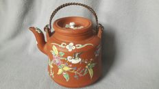 Stunning Yixing Zi Sha teapot with lid - China - early 20th century