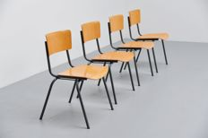 Design unknown - 4 industrial stacking chairs