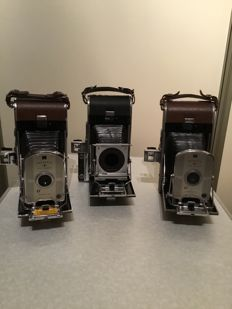 Polaroid land camera 95 + 95A and Pathfinder 110 (without lens)