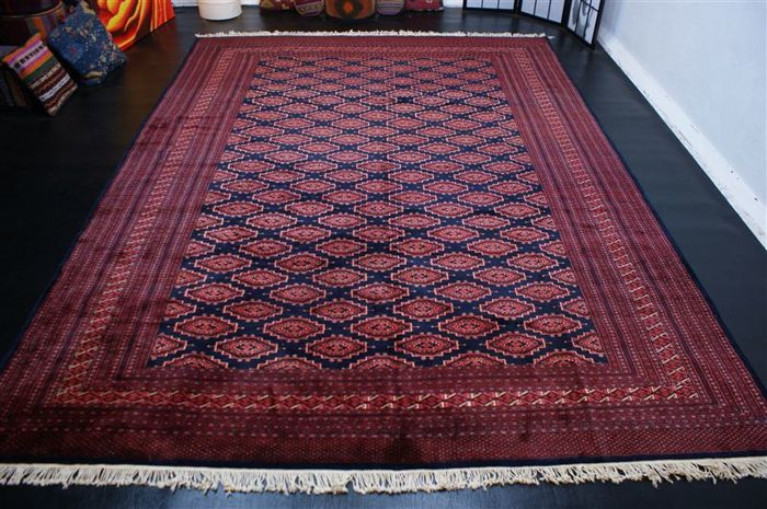 Handwoven original Turkmenistan carpet oriental Bukhara fine approx. 342 x 256 cm. Good condition Turkmenistan fine weaving approx. 700,000 knots