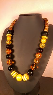 Mixed colour modified vintage Baltic Amber necklace, 76 grams