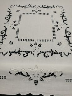Square tablecloth - Italy 1960 / 1970.