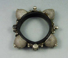 Old silver bracelet from Rajasthan, India - first half XXth c.