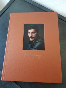 Freddie Mercury The Solo Collection 10CD's 2DVD's