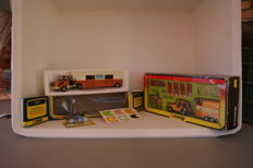 Corgi Toys - Scale 1/36-1/48 - Berliet Race Horse Transporter no.1104 and Renegade Jeep with `Rice`Horse Box `Corgi Pony Club` Gift Set no.29