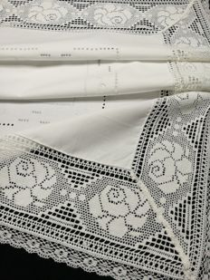 Vintage white cotton tablecloth, Italian craftsmanship
