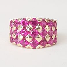 Chequerboard ring of 18 kt yellow gold with 2 ct of rubies - Size: 17.2 mm 14/54 (EU) - Weight: 7.5 g