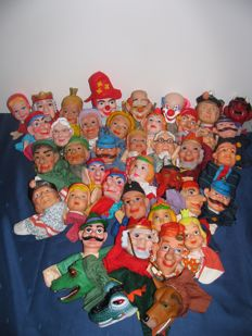 Large collection of 40 puppet dolls/hand puppets/puppet show, various characters