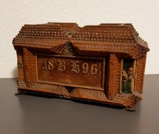 Jewellery case with chip carving, Germany