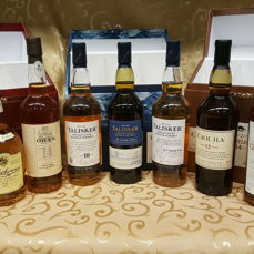 9 bottles - Classic Malts of Scotland - Lagavulin, 3x Talisker, Oban, Glenkinchie, Dalwhinnie, Caol Ila, Clynelish - 20cl