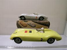 Tekno-DK - Scale approx. 1/43 - Lot with 2 x Ferrari 750 Monza Racingcars Duitsland White + Belgium Yellow No.813