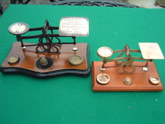 2 postal scales in brass with weights - 1890 - 1920