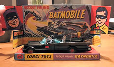 Corgi Toys - Scale 1/43 - Rocket Firing Batmobile No.267