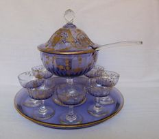 Water serving set in blue-violet Baccarat crystal enhanced with fine gold
