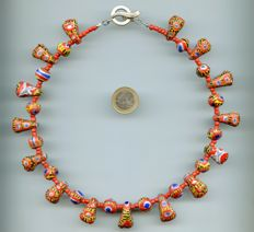 Necklace of 29 pearls from Kiffa, 2003