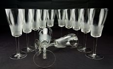 Set of twelve white wine glasses in 24% pure crystal - Victorian
