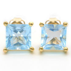 14K Gold stud earrings with 3.12 ct Sky Blue Topaz - Size 7.1 x 7.1 mm