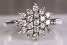 0.50 Ct flower diamond ring - Size: 51 - NO Reserve!
