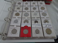 World - 275 coins in 2 books - 1895-2002 - of which 1 x silver