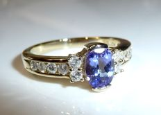 Ring made of 9 kt / 375 gold with 0.50 ct diamonds (H) + 1 ct tanzanite, ring size 54 **no reserve price**
