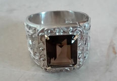 6.5cts Smoky Quartz European Ring with 14kt Gold Prongs