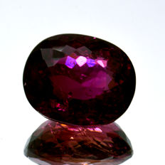 Pink-red rubellite tourmaline – 5.80 ct