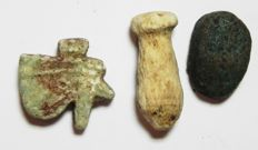 Egyptian lot of 2 Faience & 1 Stone amulets - Largest . 22 mm (3x)