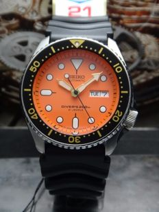 Seiko - Orange Diver 200m - Men's Watch - SKX011J - MADE IN JAPAN