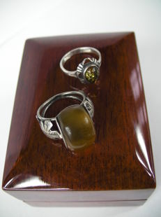 Two silver rings vintage with Amber