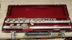 DWARSFLUIT JUPITER K.H.S. MUSICAL INSTRUMENTICO LTD. IN KOFFER.