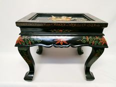 Side table in lacquer - Japan - Mid 20th century