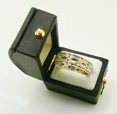 "Machine turned Art Deco gold & silver ""channel band"" ring diamond like paste, No reserve"