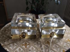 "Vitrika -  ""Maritimlampet"". A pair of glass and brass wall lamps."