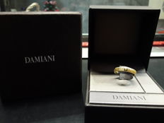 Damiani ring from Metropolitan collection - in 18 kt gold with diamonds, size 21