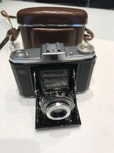 Zeiss Nettar folding camera with Novar Anastigmat lens 1:6.3 f 7.5 mm